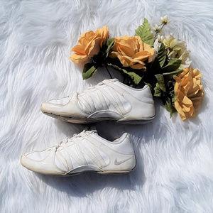 Nike Cheerleading Shoes Womens Sz. 6